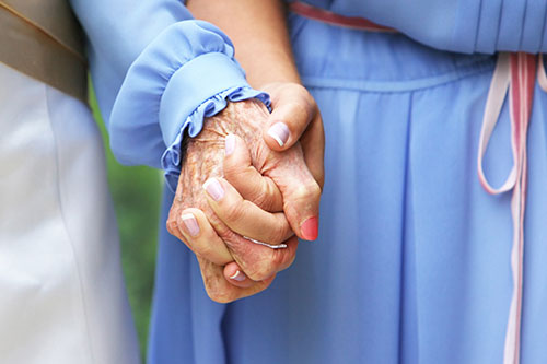 holding-grandmothers-hand