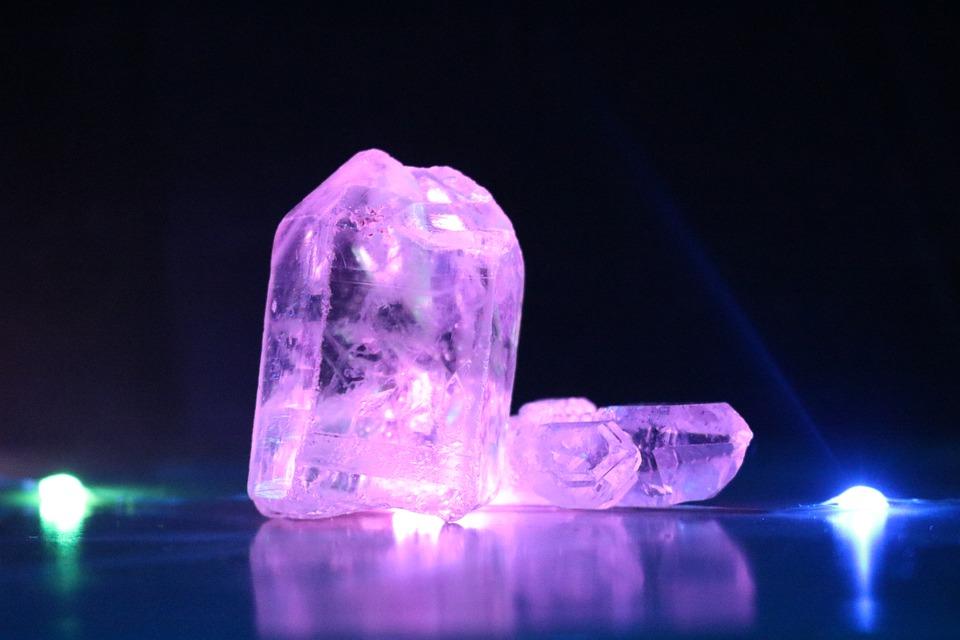 BG: Ieder Kristal zal zijn rol gaan spelen